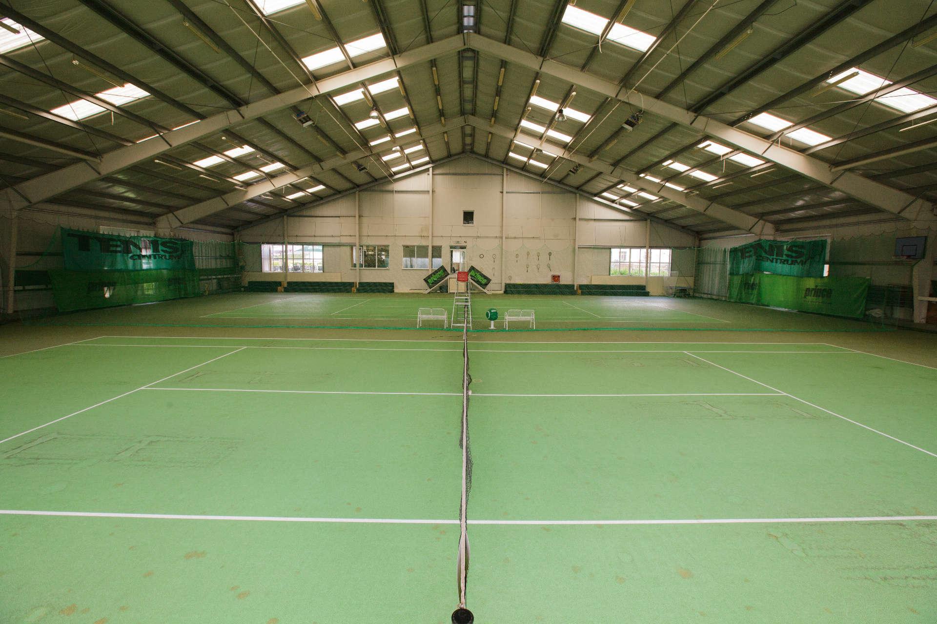 Kryté tenisové kurty – Pension Sport Poděbrady