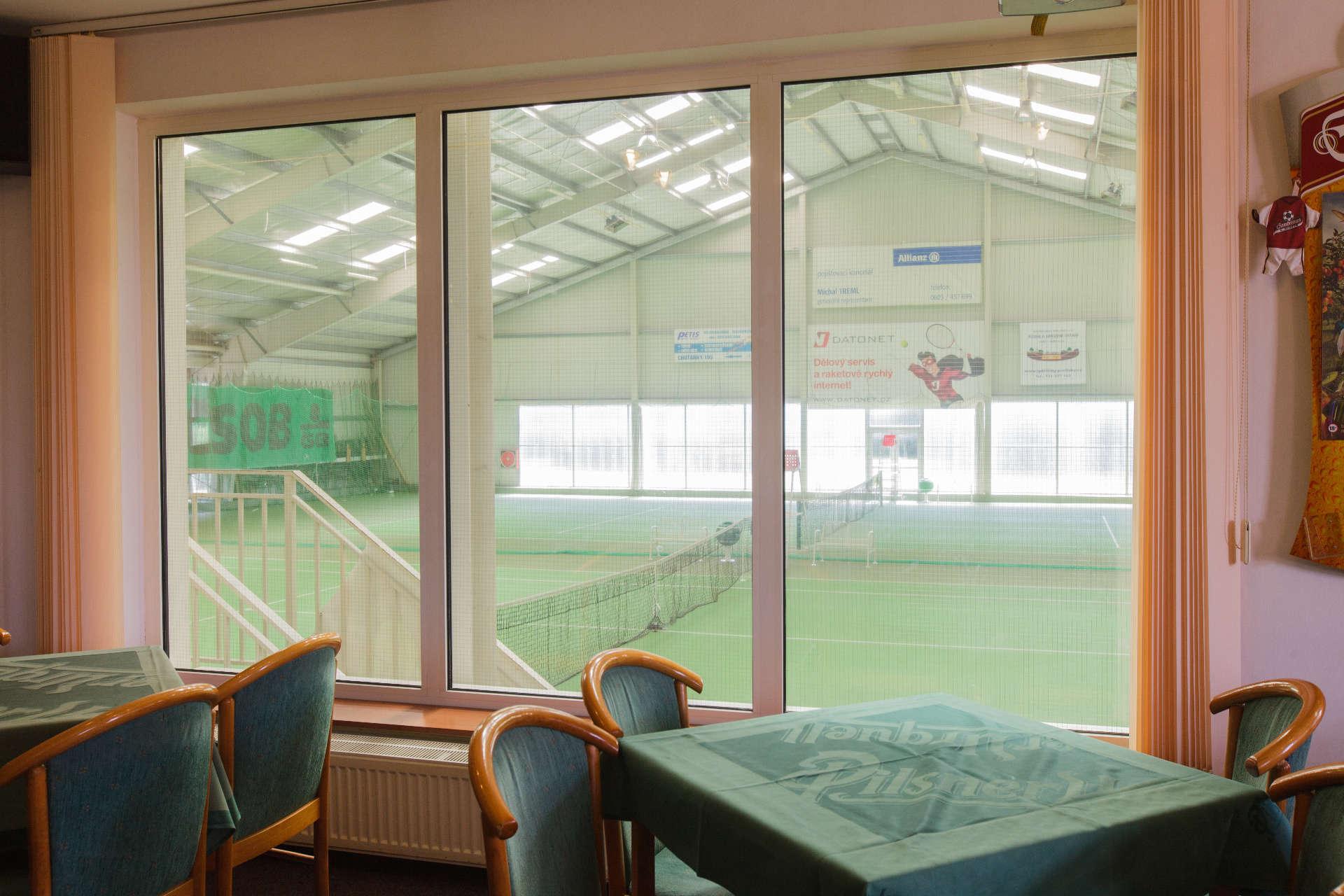 Výhled z okna restaurace – Pension Sport Poděbrady